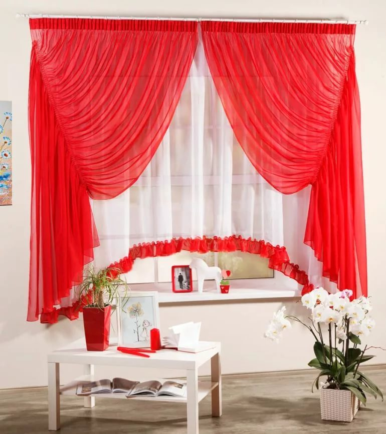 red curtains design