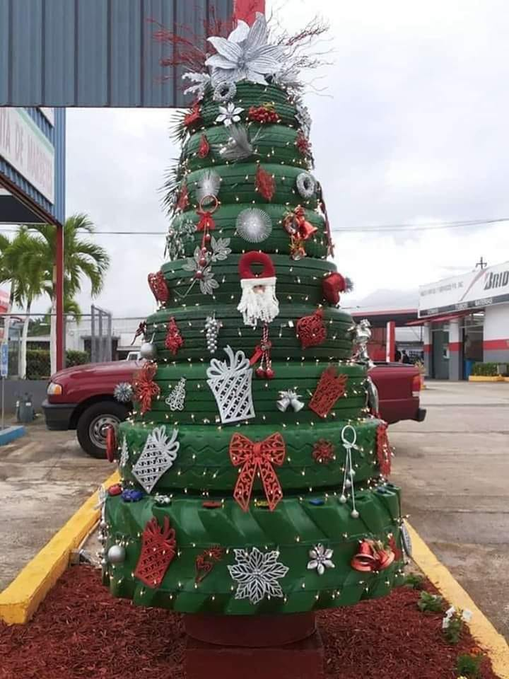 Christmas tree of tires