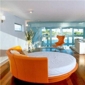 orange round bed