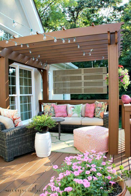 southern style outdoor patio