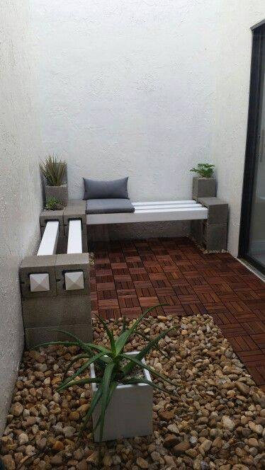 bench of cinder blocks