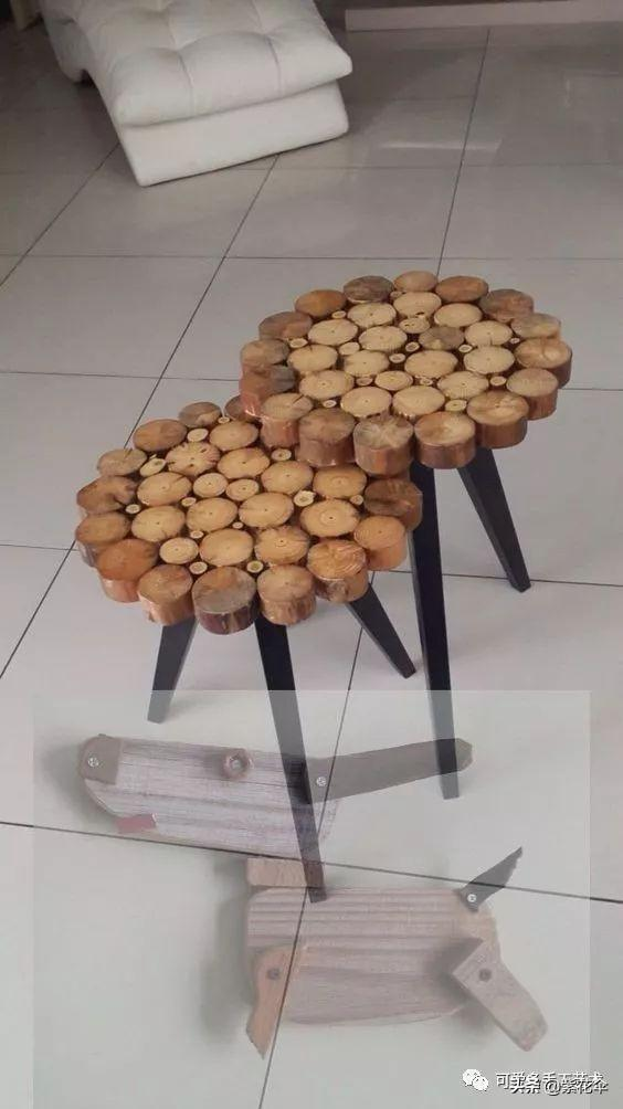 wood slices chairs