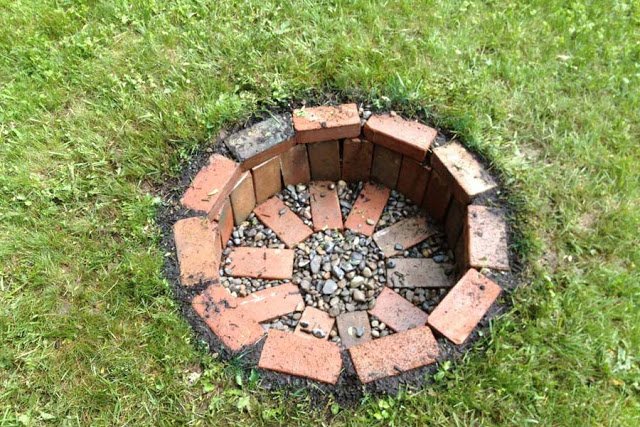 diy bricks firepit