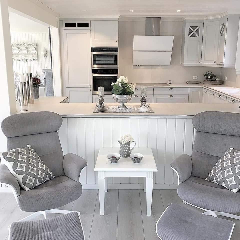 grey kitchen white/grey interior design